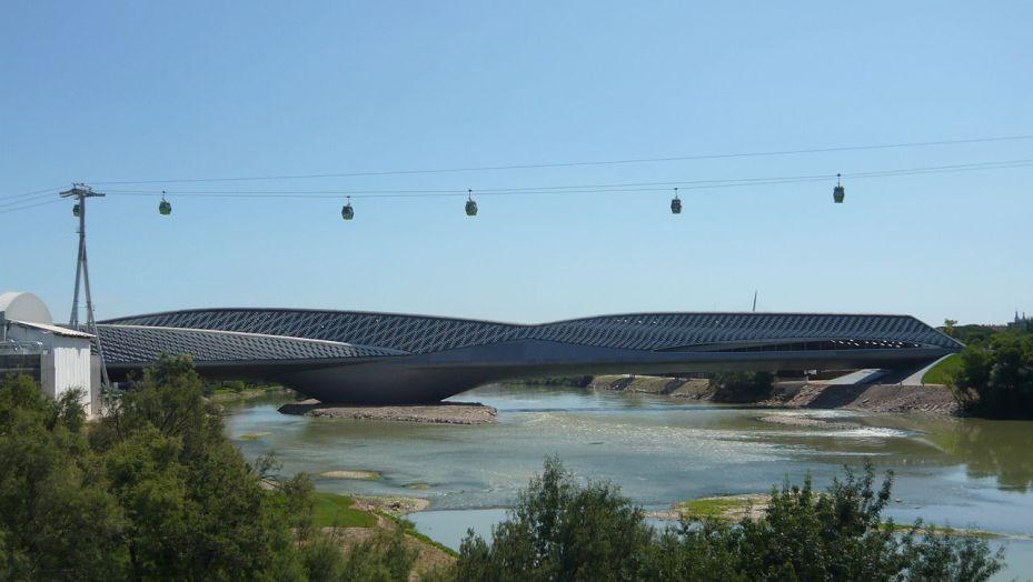 1280px-Pabellon_puente_Expo_2008_10
